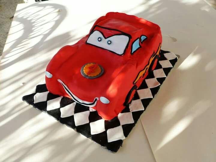 Mac queen cake