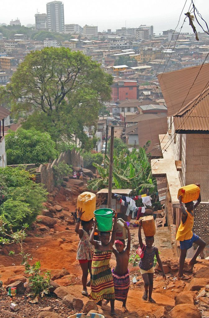 Conakry Slideshow Photo 10 of 18 ... click to see full size!