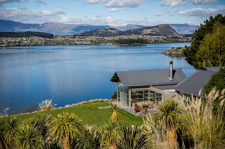 Whare Kea Lodge is an all inclusive venue for boutique weddings - with a lakeside location, luxury accommodation and world class cuisine.