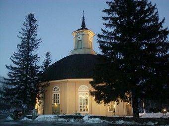Vimpelin pyöreä kirkko. Etelä-Pohjanmaa, Länsi-Suomi.