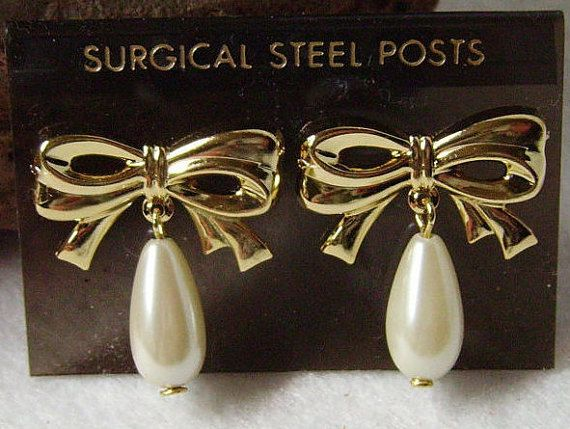 Pearls & Golden Bows June Gemstone Never Worn Vintage