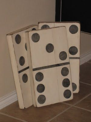 Domino wall art, these are so cute & easy! Would look great in a game room or family room.
