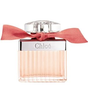 Chloe Roses De Chloe Chloe for women Gentle and graceful, the new fragrance tries to capture a walk down the Parisian rose gardens. It includes fresh notes of bergamot at the beginning of the composition, developing into essence of damask rose accompanied by magnolia that gives a modern touch. After that, white musk and amber linger on your skin.