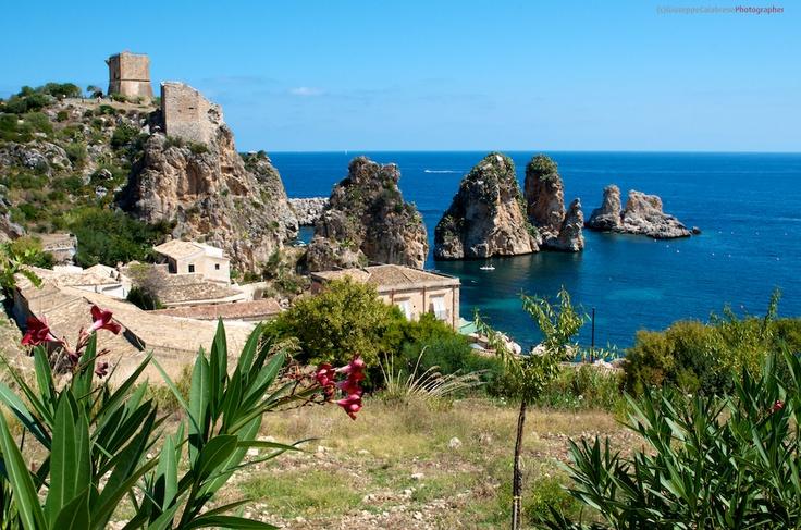 Sicilia La tonnara di Scopello e i Faraglioni  Trapani