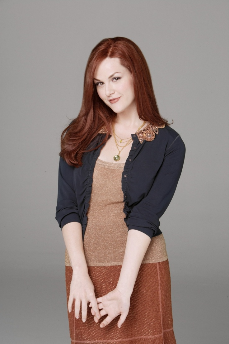 Sara Rue. Wifey's girl crush!!