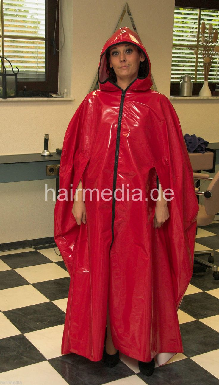 Cape XXL Plastic Laquer Umhang mit Kapuze Lackleder sehr groß in Beauty & Gesundheit, Spa, Kosmetik- & Friseursalon, Umhänge & Kittel | eBay