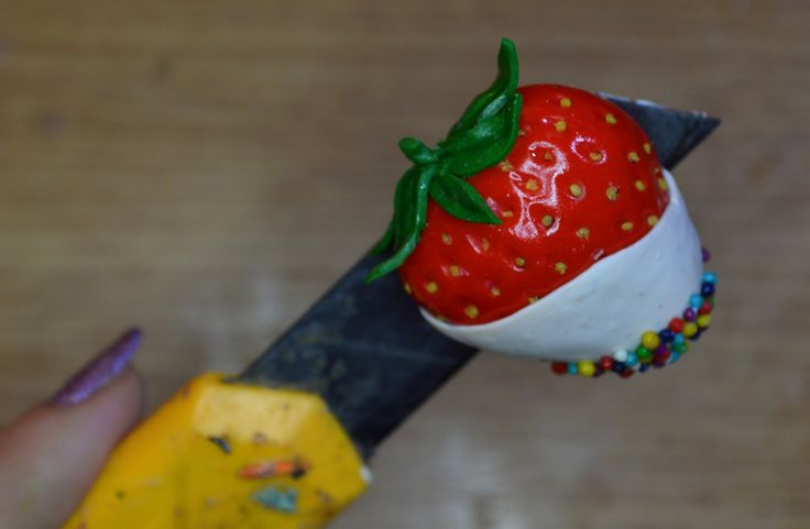 Realistic chocolate dipped strawberry magnet polymer clay tutorial