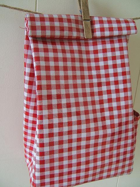 gingham lunch bag