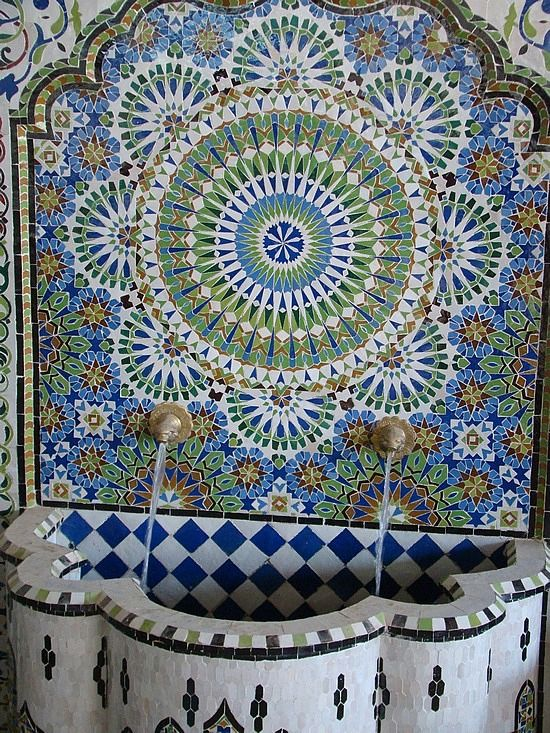 Mosaic Tiled Fountains in Morocco - photo from nixboys travelpod blog