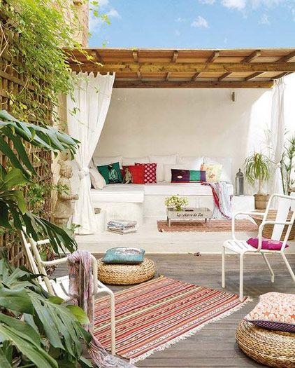 Mooi! Heerlijke relaxplek, Ibiza droom ik er wel bij.....