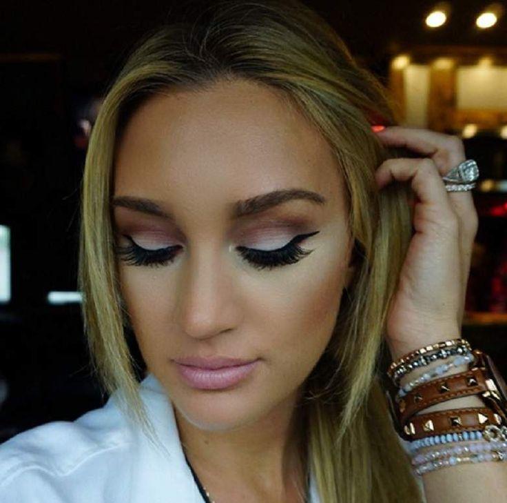 brittany kerr makeup | Brittany Kerr, Jason Aldean Wife: Top 10 Instagram Photos | Heavy.com ...