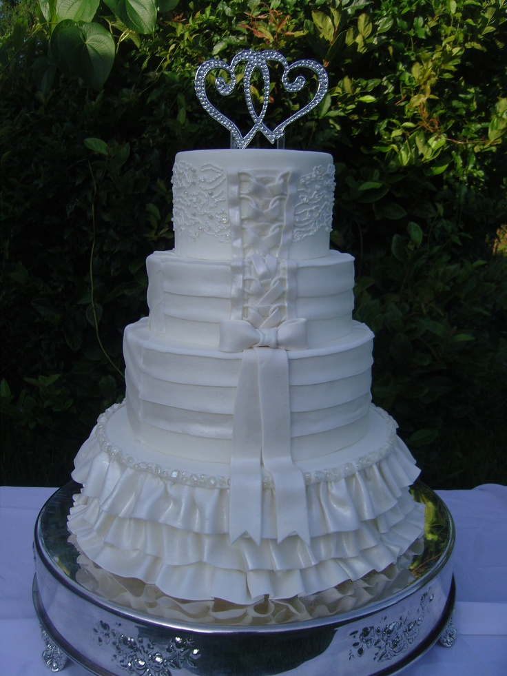 edible lace for wedding cakes 17 best images about rolled fondant on the 3825