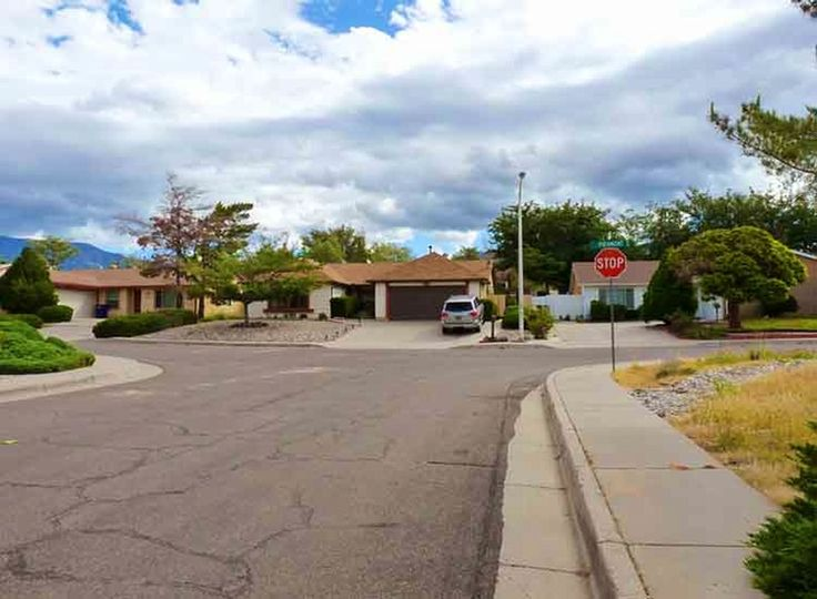 Read A do-it-yourself Breaking Bad tour of Albuquerque, New Mexico