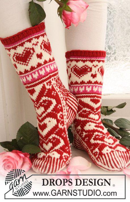 Knitted DROPS Socks
