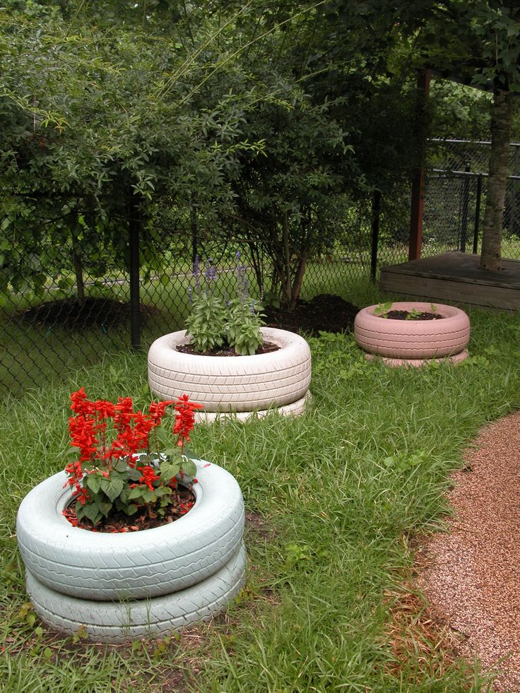 Best 25 tire planters ideas on pinterest tire garden for Using tyres as planters
