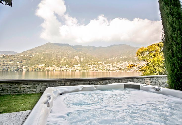Immerse yourself in an exclusive oasis of beauty and intimacy on #LakeComo! #FridayFeeling #StayAtCastaDiva #Italy http://www.castadivaresort.com