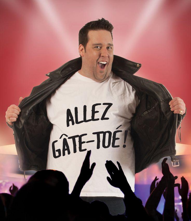 Supplémentaire de P-A Méthot - mercredi 30 septembre 20h - École Gabriel-Le Courtois - Irrésistiblement attachant et hilarant, P-A Méthot est un raconteur hors pair! PLUS GROS QUE NATURE, son premier one man show, est un véritable feu roulant de blagues enchaînées à une cadence hors du commun. Dans un mélange de stand up et d'improvisation, l'humoriste, originaire de la Gaspésie, est authentique, touchant et tordant. Avec ses mimiques et son physique de plage, P-A fait déjà l'unanimité.