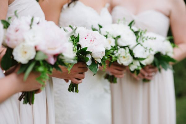 white and blush colored blooms | Photography by jessicakettle.com | Design + Planning by amorologyweddings.com | Floral Design by jldesignsandevents.com |  Read more - http://www.stylemepretty.com/2013/07/11/palm-springs-wedding-from-amorology/
