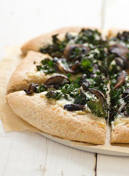 Portabella & Kale Pizza with Roasted Garlic Sauce. For vegan: use daiya and a vegan gluten free crust