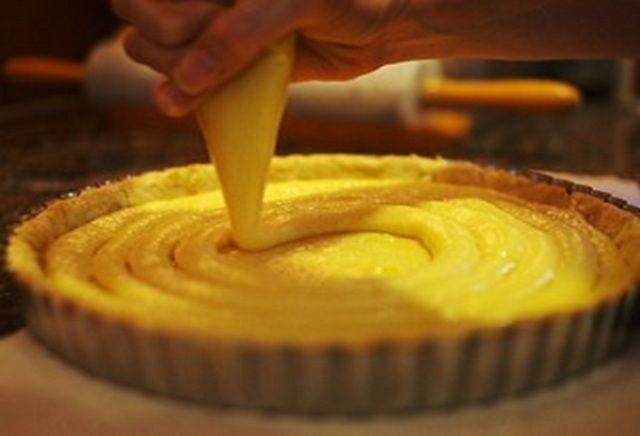 1º LUGAR: A RECEITA + VISTA Como fazer Creme de Pasteleiro http://www.docesregionais.com/receita-de-creme-de-pasteleiro/ #Doces, #RecheioseCoberturas