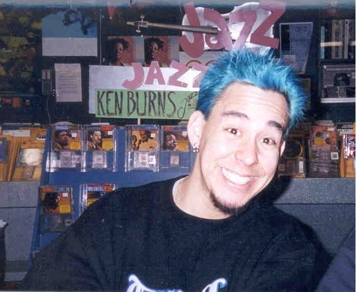 MIKE SHINODA the blue hair!!!