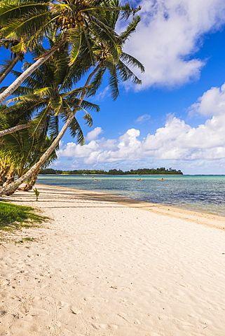 White sands of Muri Beach, Muri, Rarotonga, Cook Islands, South Pacific, Pacific