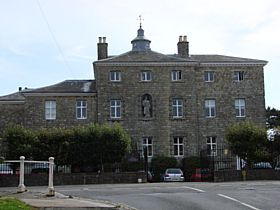 Sevenoaks - The Old Building, Sevenoaks School © Jeffrey Darlington