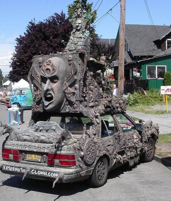 can see this belonging to the trash city crew at glastonbury weird yet incredibly detailed