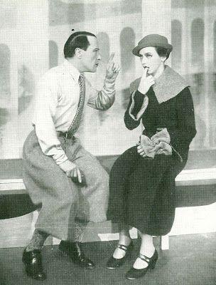 """Apollo Teatret 1933. Randi Brænne i """"Katten i Sækken"""". Apollo Teatret 1933. Hans W. Petersen og Marguerite Viby i """"Katten i Sækken"""""""