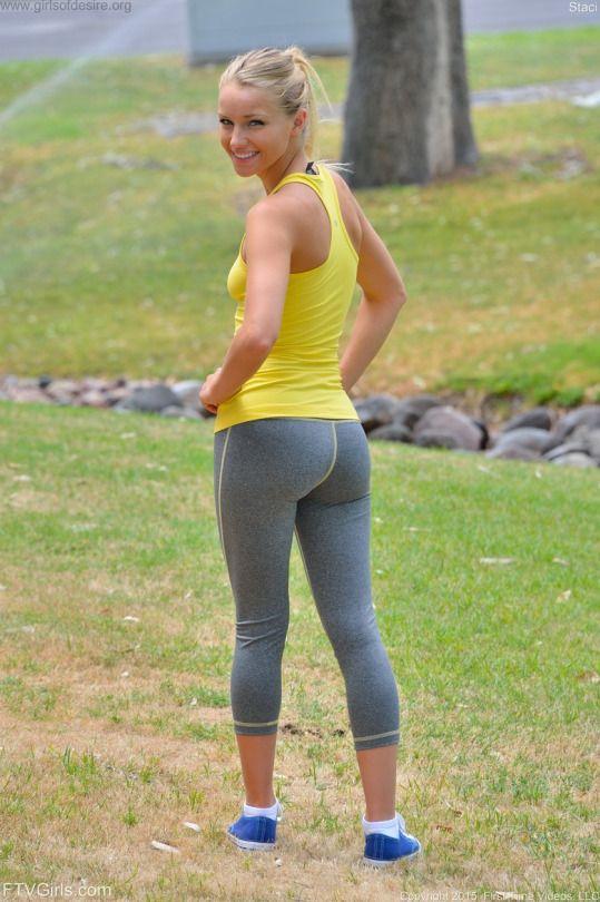 jogging Spandex ass