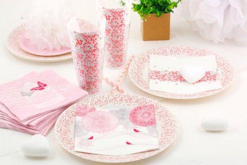 Table rose romantique pour une soirée en amoureux - Mesa Bella Blog