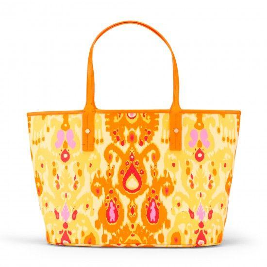 love this tote bag