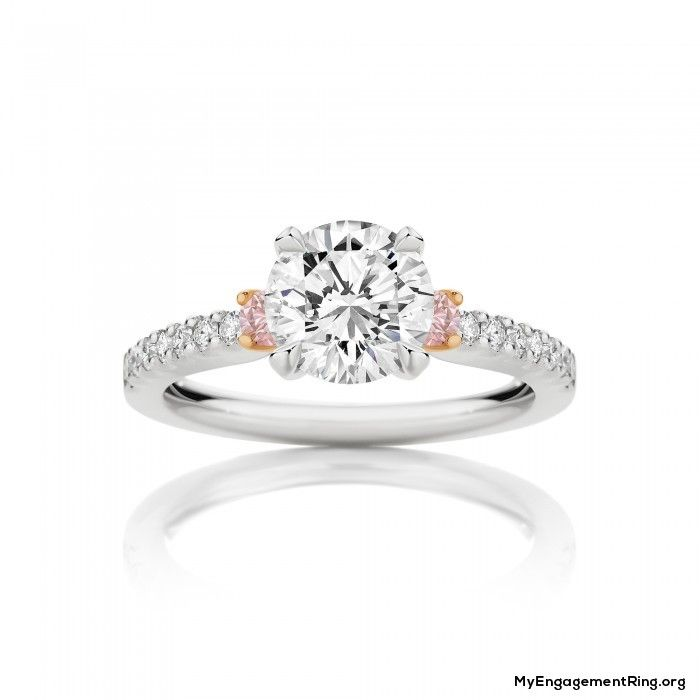 small engagement ring whit diamonds - My Engagement Ring
