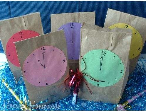 Countdown to New Year's - activities to do each hour with kids. What a great idea. Maybe next year!