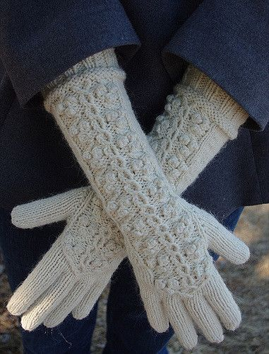 Ravelry: Winterberry Gloves & Beret pattern by Leah B. Thibault