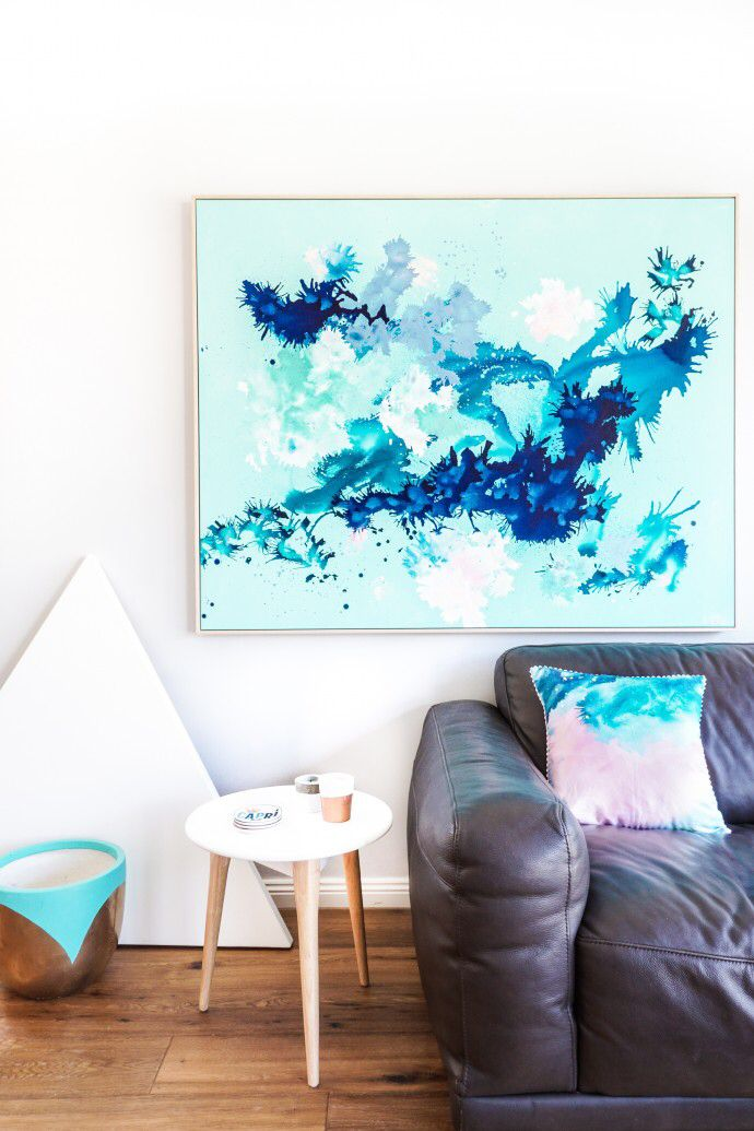 A Scandi vibe in the home of Katie McKinnon. #beautifulrooms #artwork #homes #turquoise Photo - Changwei Dean. Production - Martine Harte on www.engagingwomen.com.au