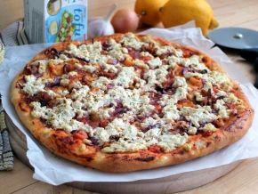 Пицца с морепродуктами и сыром тофу