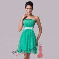 Odvážné šaty do tanečních v zelené barvě