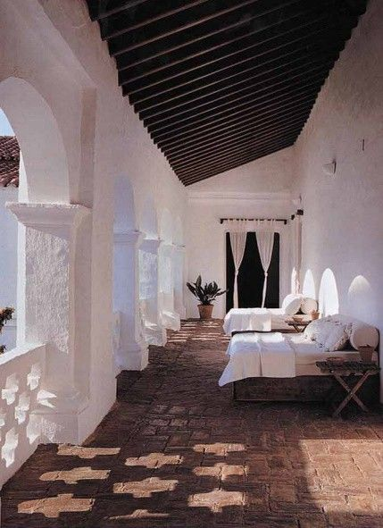 North African Balcony {A slight challenge for my 25-square-foot balcony but something to dream about!}