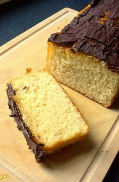 Jaffa Loaf Cake - soft vanilla sponge with Seville marmalade and dark chocolate