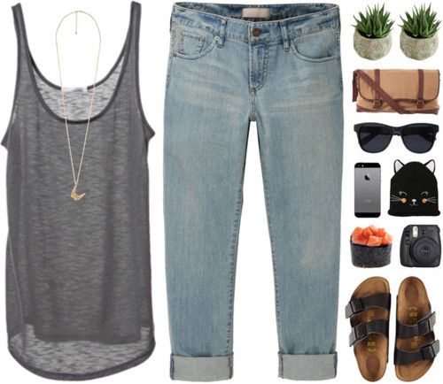 I love everything about this except the Birkenstocks and the kitten hat.