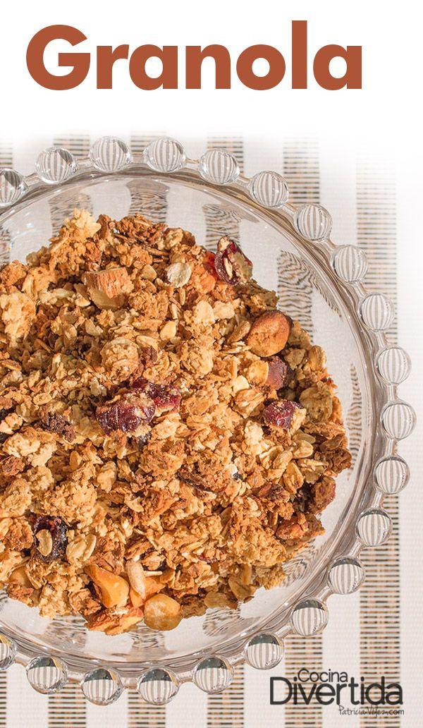 Ingredientes -- >  *Para 10 porciones 300 gr de avena en hojuela 50 gr de nuez de Brasil 50 gr de almendra 50 gr de arándanos secos 50 gr de pasas rubias 200 gr de miel de abejas