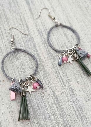 À vendre sur #vintedfrance ! http://www.vinted.fr/accessoires/boucles-doreilles/21711492-boucles-doreilles-pendantes-fait-main-grise-et-rose