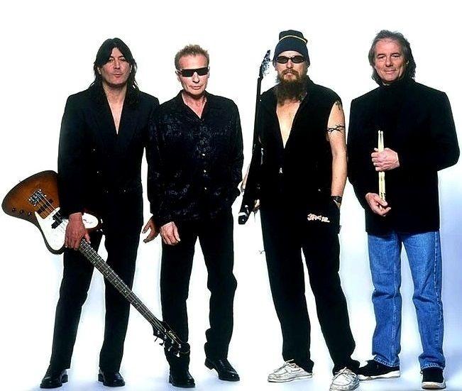UFO* 2002 : Pete Way, Phil Mogg, Michael Schenker, Aynsley Dunbar