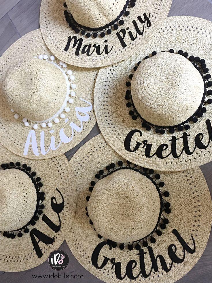 Sombreros para despedida de soltera!  Despedida de soltera en la playa  www.idokits.com