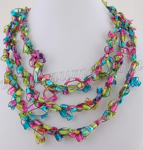Ladder Ribbon Necklace: free pattern