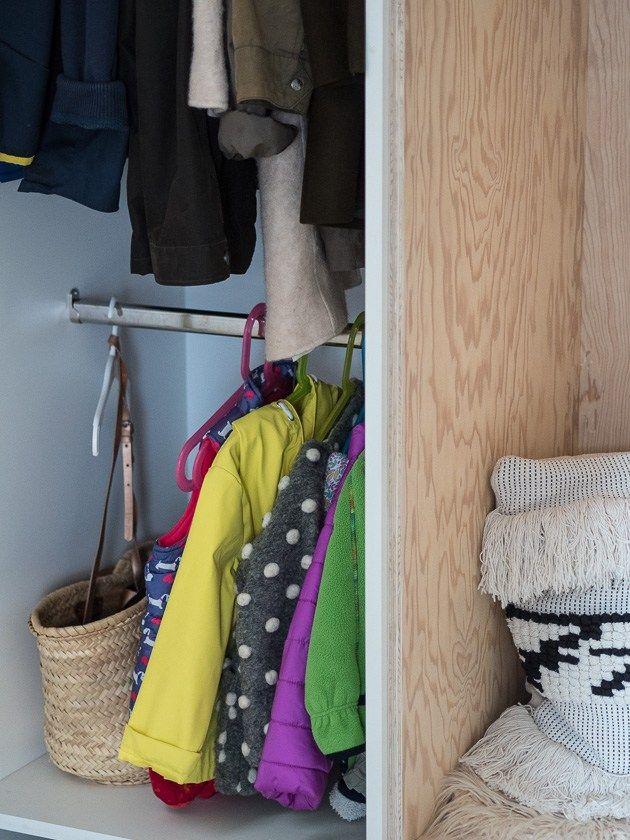 Neu Vorraum Diele Flur Oder Garderobe Fur Familien Unsere Losung Und Ganz Grosse Plywood Liebe Garderobe Vorraum Diele