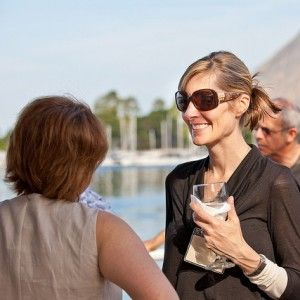 Non-Awkward Ways To Start And End Networking Conversations http://www.forbes.com/sites/dailymuse/2012/03/06/non-awkward-ways-to-start-and-end-networking-conversations/