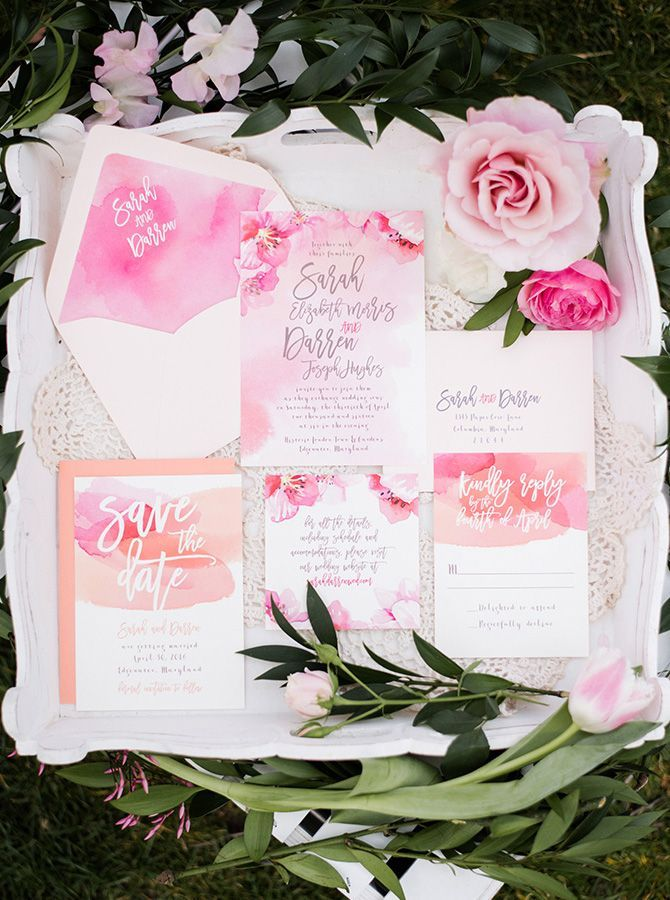 Pink and peach watercolour wedding invitation suite | Meghan Rose Photography via Glamour & Grace