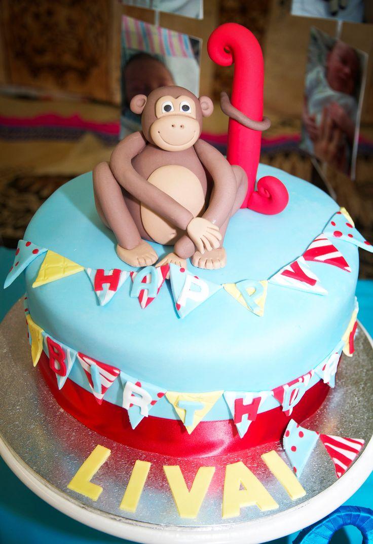 Cheeky monkey & bunting cake!